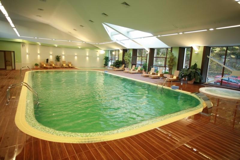 Pool1_Pirin_Park_Hotel