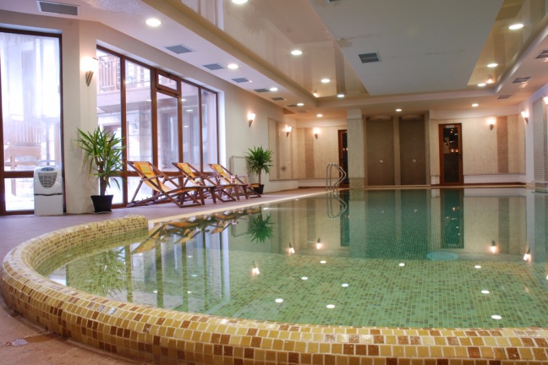 AdeonaSki-and-Spa-Pool