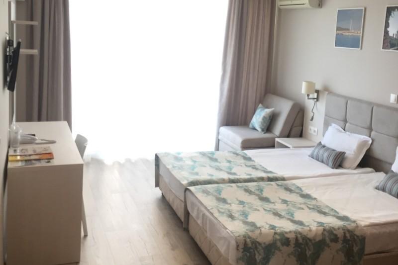 Helios_hotel_room1