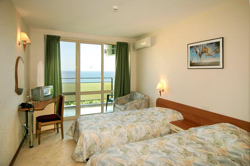 Tintyava-Park-Hotel_Double-room