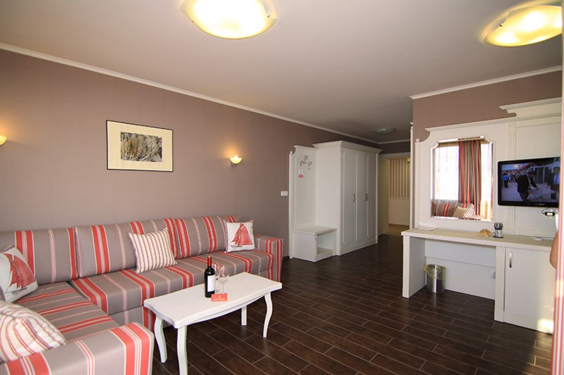 Armira-Lozenets_Holiday-Village_Apartment-5