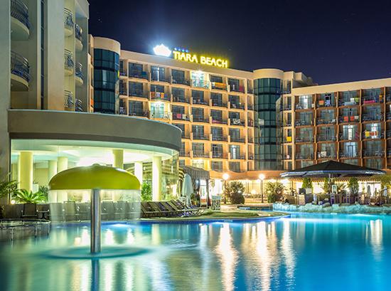 Tiara-Beach_Swimming-pool-4