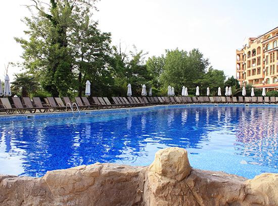 Tiara-Beach_Swimming-pool-7