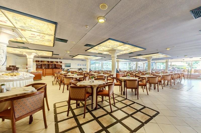 Bellevue-Hotel_Restaurant-12