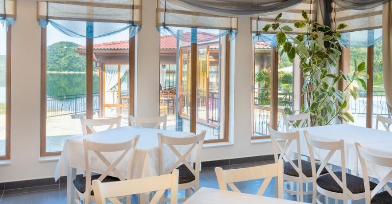 Ovech-Hotel_Tsonevo-Lake_Restaurant-1