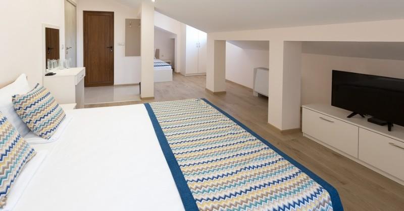 Ovech-Hotel_Tsonevo-Lake_Rooms-1