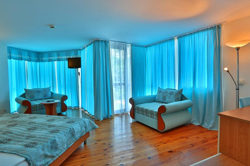 White-House-Balchik_Junior-Suite-1