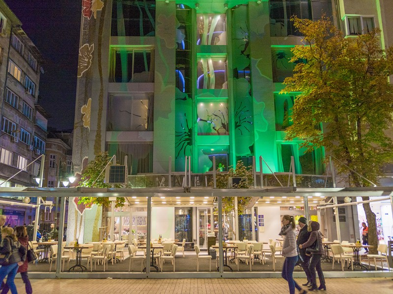 Restaurant-_-Les-Fleurs-Hotel-Sofia-7