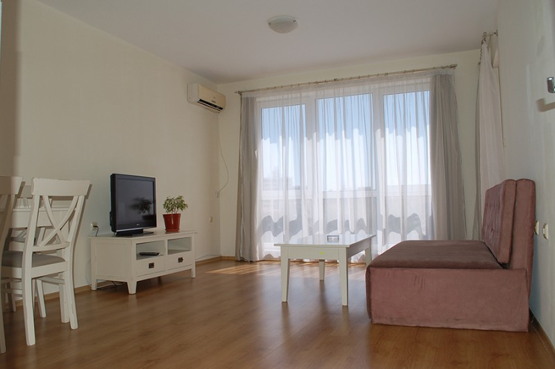 Apartment-2-bedrooms_Flores-Park