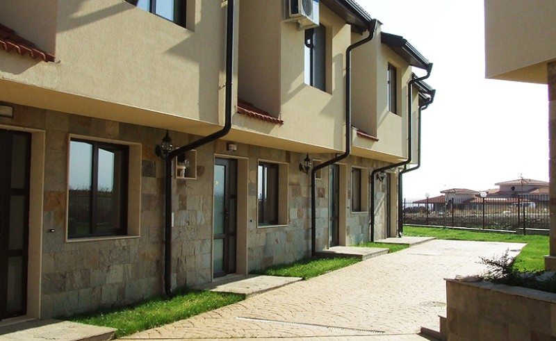 Imperial-Heights-Villas-6
