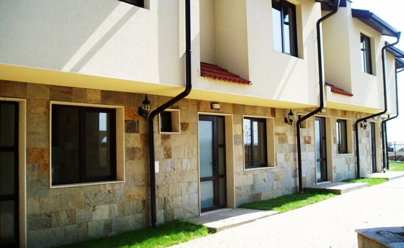 Imperial-Heights-Villas-7