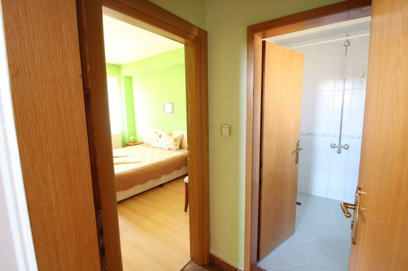 Red-House_Guest-House-Bansko-12