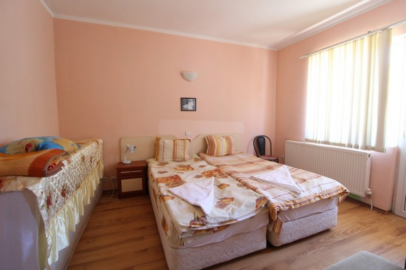 Red-House_Guest-House-Bansko-13