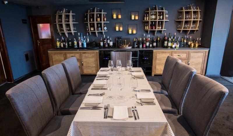 Posh-e-by-V-chef-Restaurant-7